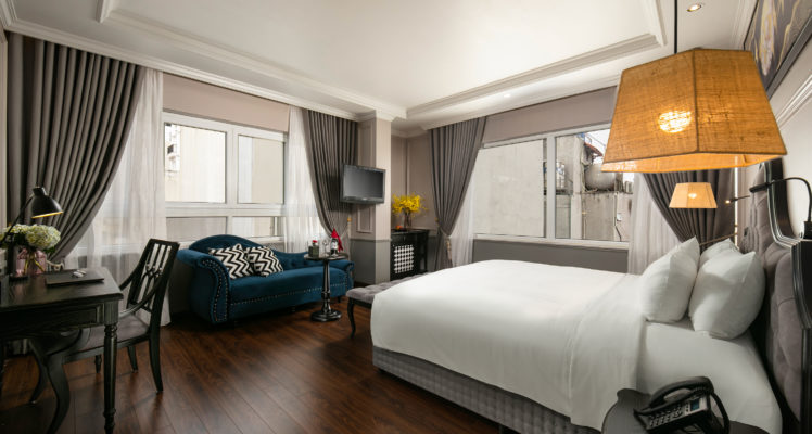 imperial suite room with city view