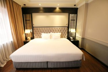 executive bedroom double bed
